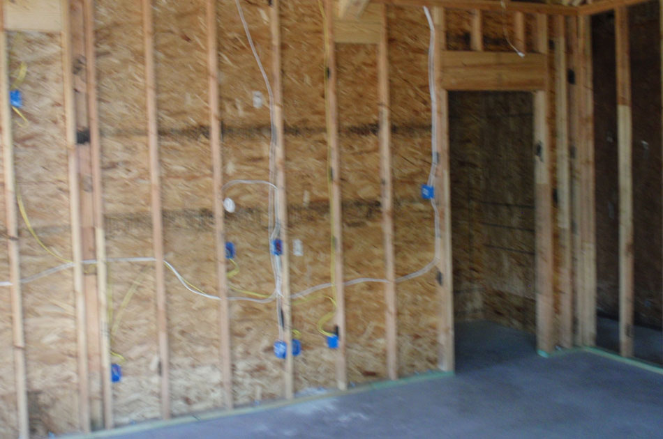 Safe room construction d r moss quality custom homes for Vault room construction